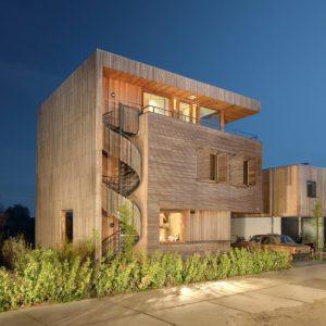 منزل مصنوع من الاخشاب