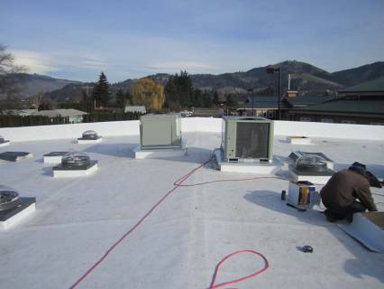 hvac-units-set-on-roof