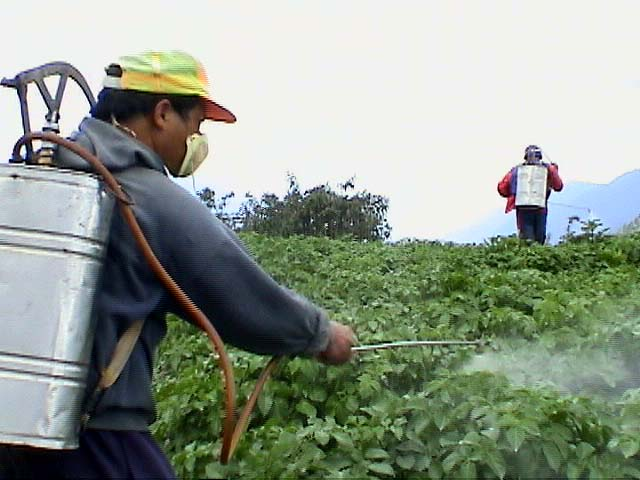 pesticide-spray-besemer